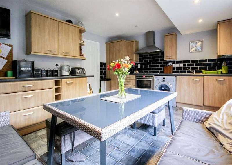 3 Bedrooms Terraced House for sale in Tempest Mews, Bracknell, Berkshire, RG12