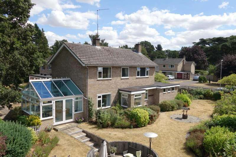 4 Bedrooms Detached House for sale in Cornwallis Close, West Stow