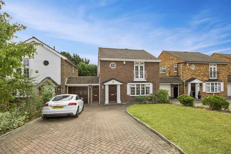 3 Bedrooms Link Detached House for sale in Alderton Rise, Loughton, Essex, IG10