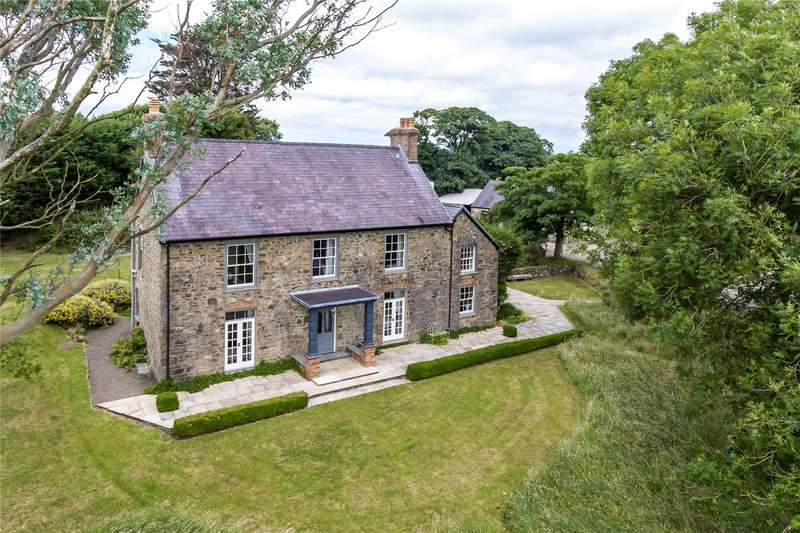 8 Bedrooms Detached House for sale in Round Well, Hayscastle, Haverfordwest, Pembrokeshire