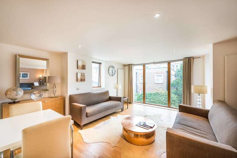 2 Bedrooms Flat for sale in Lawn Lane, Vauxhall, SW8