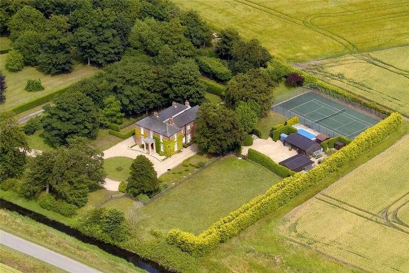 6 Bedrooms Detached House for sale in Croft Marsh, Skegness, PE24