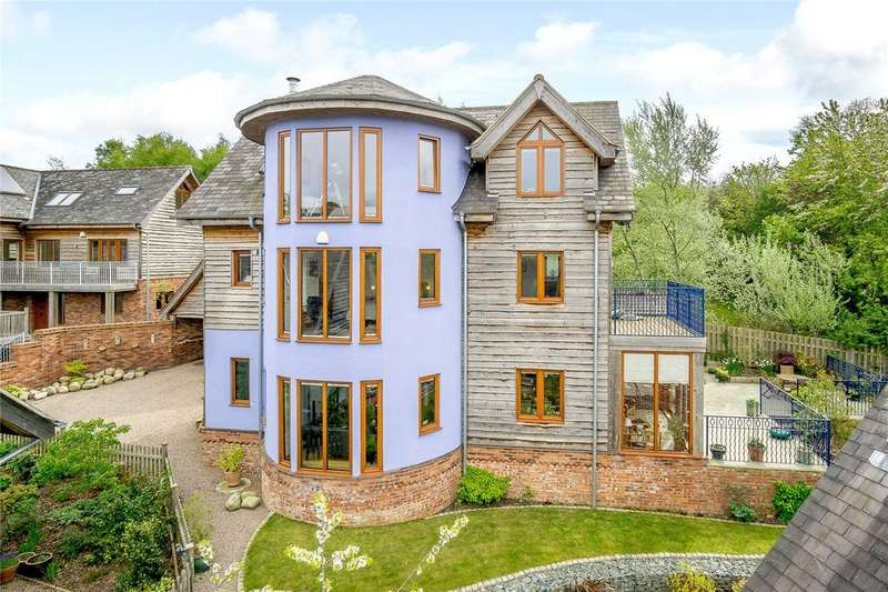 5 Bedrooms Detached House for sale in The Wintles, Bishops Castle, Shropshire
