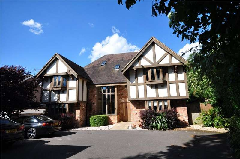 5 Bedrooms Detached House for sale in The Street, Manuden, Nr Bishop's Stortford, Hertfordshire, CM23