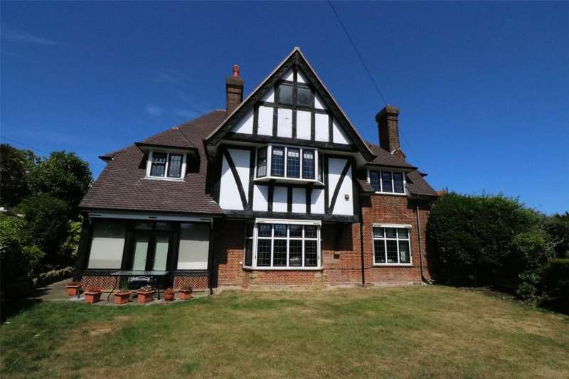 5 Bedrooms Detached House for sale in Torfield Road, Eastbourne, BN21