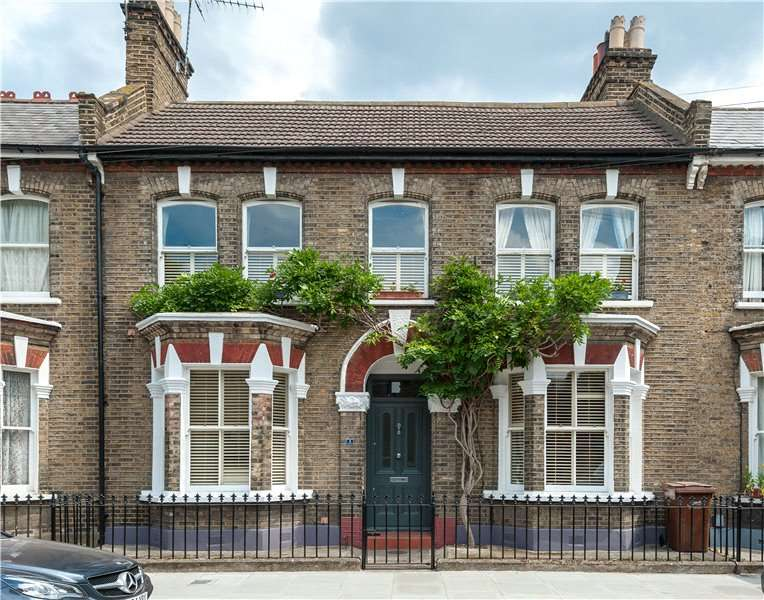 2 Bedrooms Terraced House for sale in Kitson Road, Camberwell, London, SE5