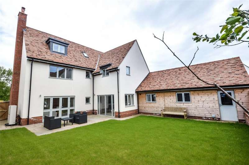 5 Bedrooms Detached House for sale in The Limes, Gillon Way, Radwinter, Nr Saffron Walden, Essex, CB10