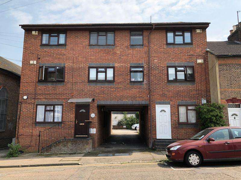 1 Bedroom Apartment Flat for sale in **OPEN HOUSE - CALL FOR DETAILS **