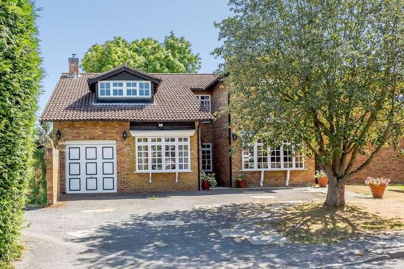 5 Bedrooms Detached House for sale in High Street, Guilden Morden, SG8