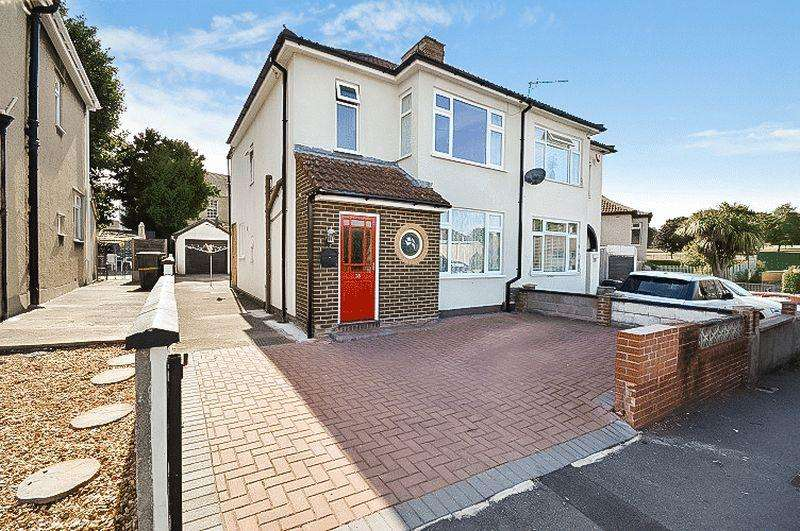 3 Bedrooms Semi Detached House for sale in Manor Road, Bristol