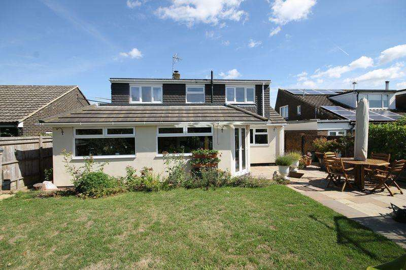 5 Bedrooms Detached House for sale in East View Fields, Plumpton Green, East Sussex