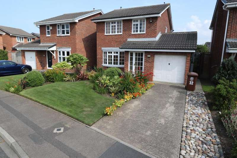 3 Bedrooms Detached House for sale in Ark Royal Close, Warrior Park, Seaton Carew, Hartlepool