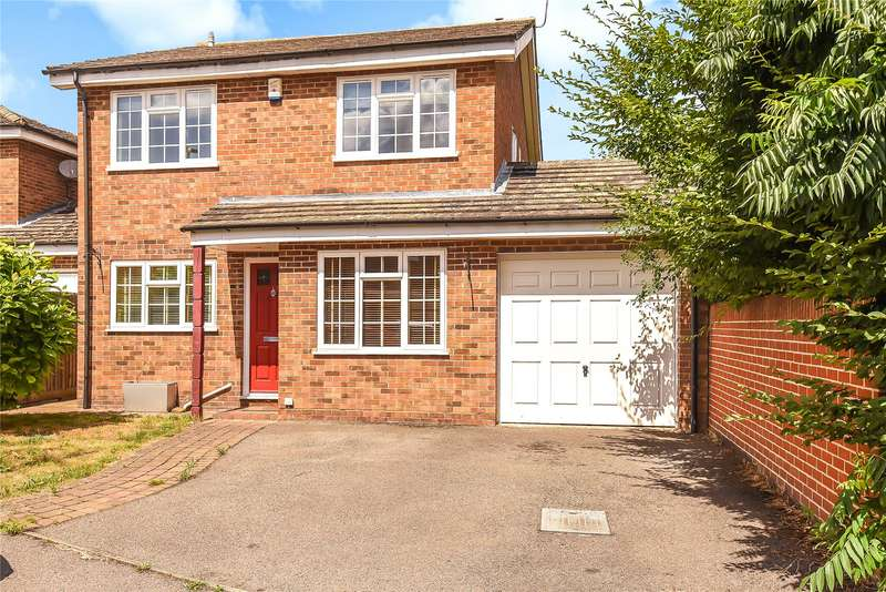 4 Bedrooms Detached House for sale in Kelsey Avenue, Finchampstead, Wokingham, Berkshire, RG40