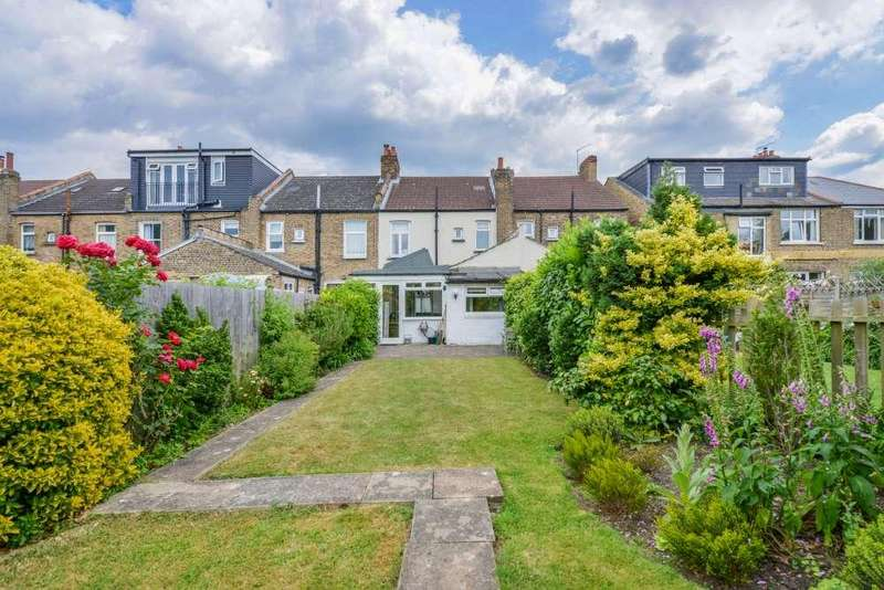 3 Bedrooms Terraced House for sale in Cranston Road