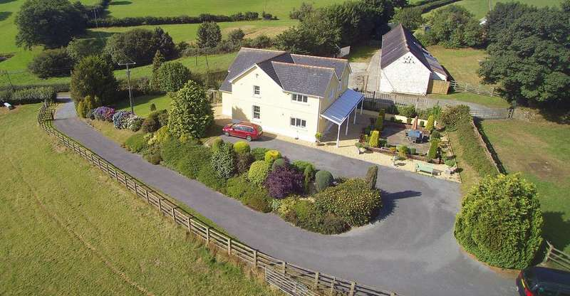 4 Bedrooms Farm House Character Property for sale in Goitre Isaf, Trawsmawr, Carmarthen