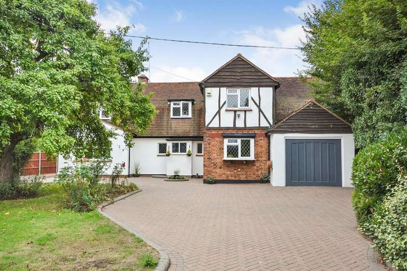 5 Bedrooms Detached House for sale in Hoe Lane, Rettendon Common