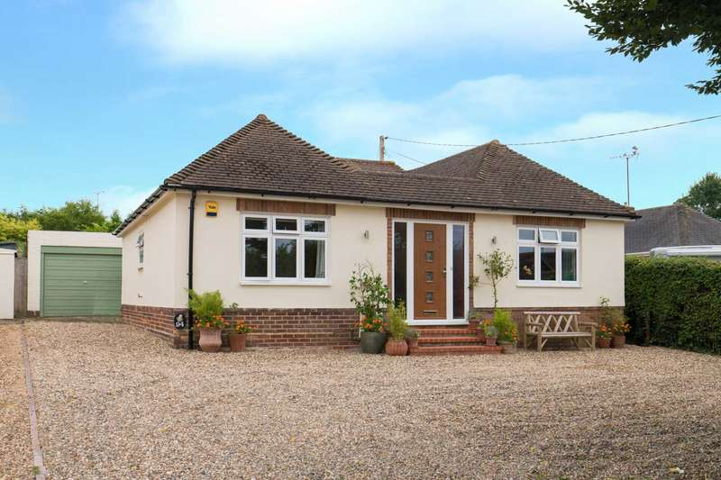 3 Bedrooms Detached House for sale in Windmill Lane, Widmer End