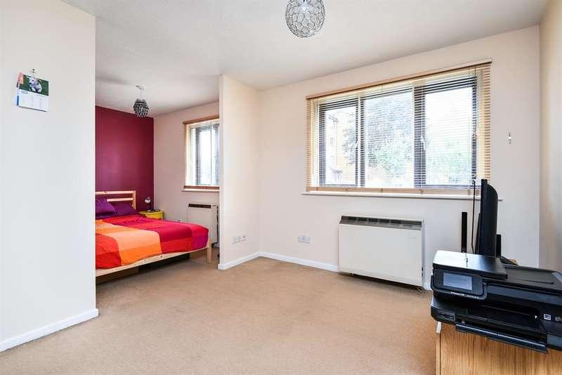 1 Bedroom Studio Flat for sale in Cumberland Place, London, SE6 1LA