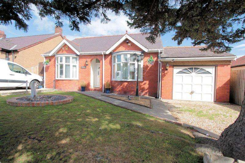 2 Bedrooms Detached Bungalow for sale in Donald Avenue, Rhyl