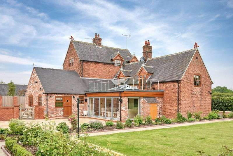 6 Bedrooms Detached House for sale in Uttoxeter, Staffordshire