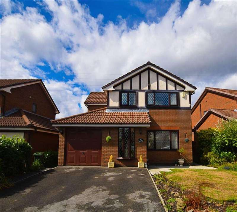 4 Bedrooms Detached House for sale in Field Fare Way, Ashton-under-lyne