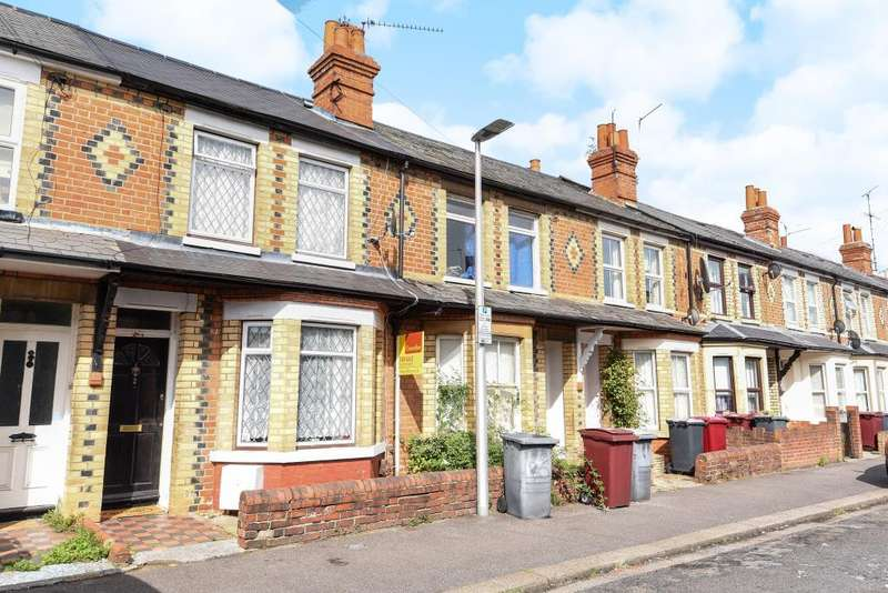 3 Bedrooms House for sale in Curzon Street, Reading, RG30
