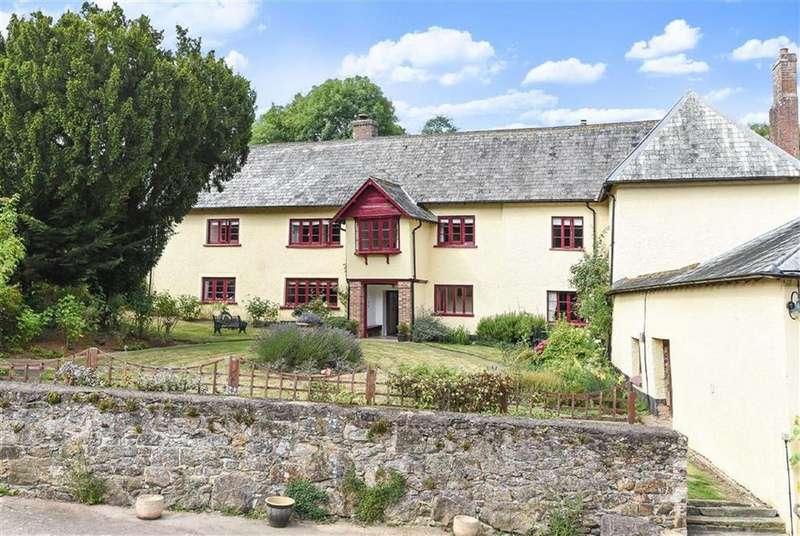 7 Bedrooms Detached House for sale in Tedburn Road, Whitestone, Exeter, Devon, EX4