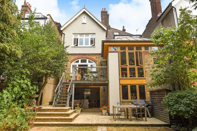 6 Bedrooms Link Detached House for sale in Orchard Drive London SE3