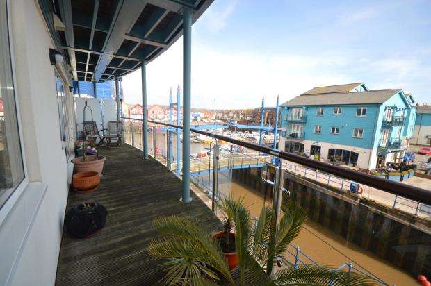 2 Bedrooms Flat for sale in Regatta Court, Shelly Road, Exmouth, Devon