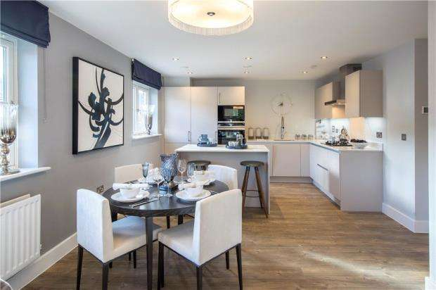 2 Bedrooms Apartment Flat for sale in Portland Gardens, Marlow, Buckinghamshire