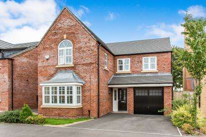 4 Bedrooms Detached House for sale in Commissioner Square, Paddington, Warrington, Cheshire