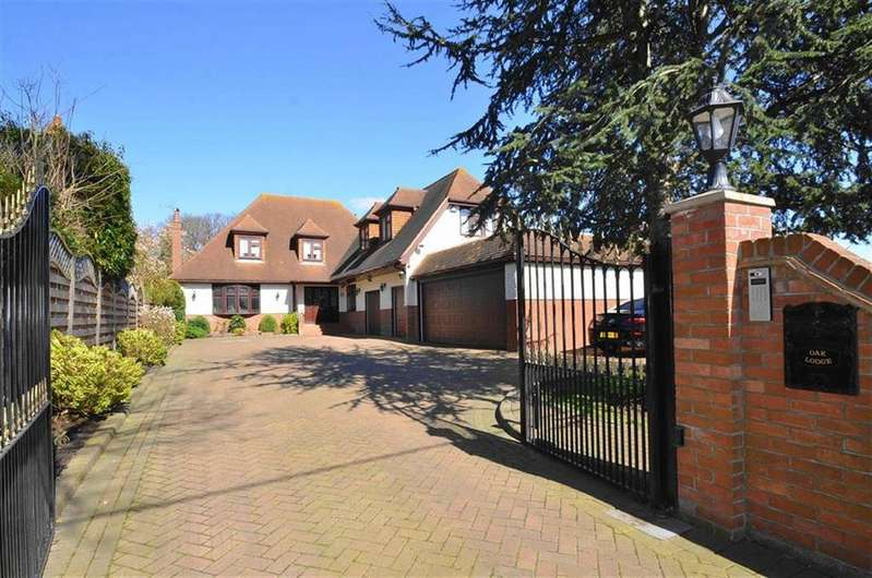 5 Bedrooms Detached House for sale in Benfleet Road, Benfleet, Essex