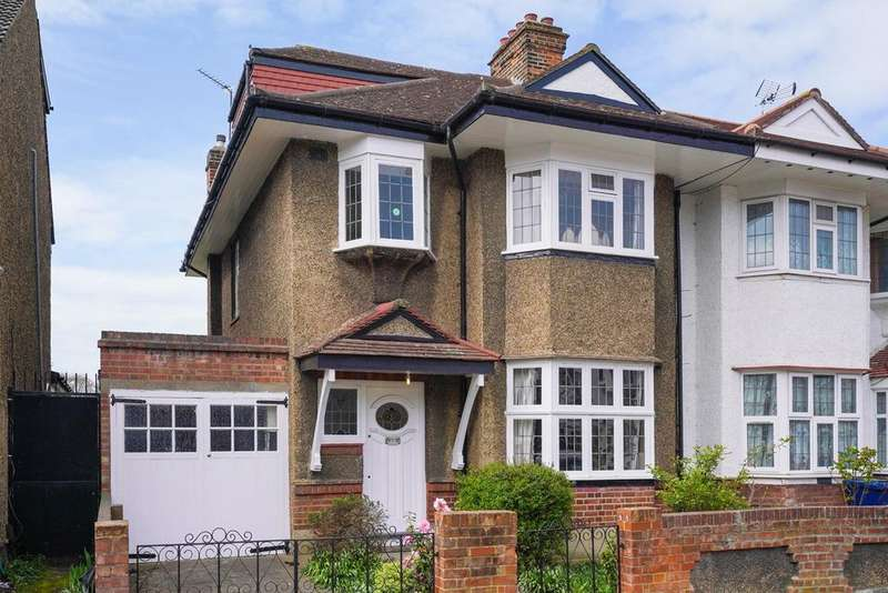 4 Bedrooms Semi Detached House for sale in Southdown Avenue, Hanwell, W7