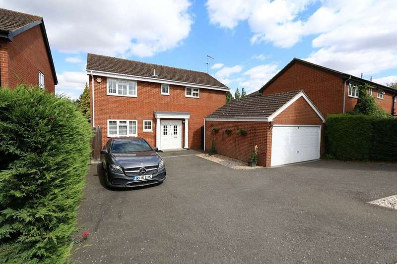 4 Bedrooms Detached House for sale in Boswick Lane, Dudswell, Berkhamsted, Hertfordshire, HP4