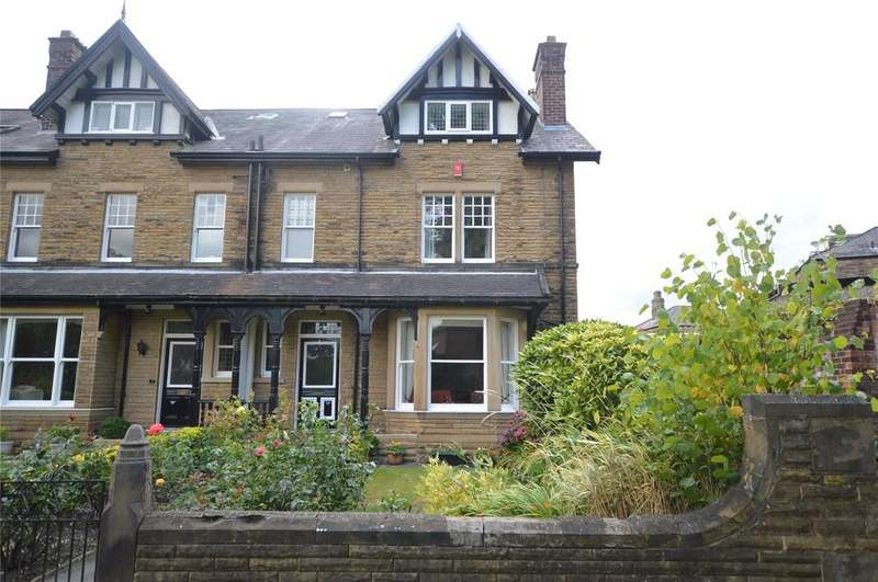 6 Bedrooms Terraced House for sale in Park Avenue, Batley, West Yorkshire
