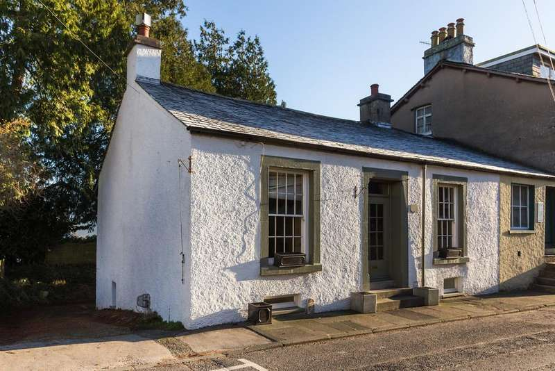 2 Bedrooms Cottage House for sale in Bank Cottage, Main Street, Greenodd, Ulverston, Cumbria, LA12 7QZ