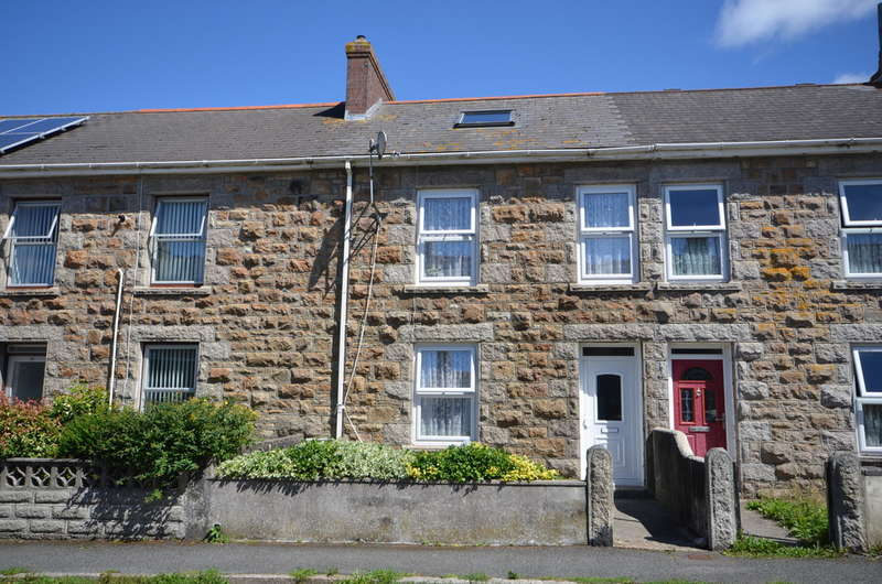 3 Bedrooms Terraced House for sale in 26 Hughville Street