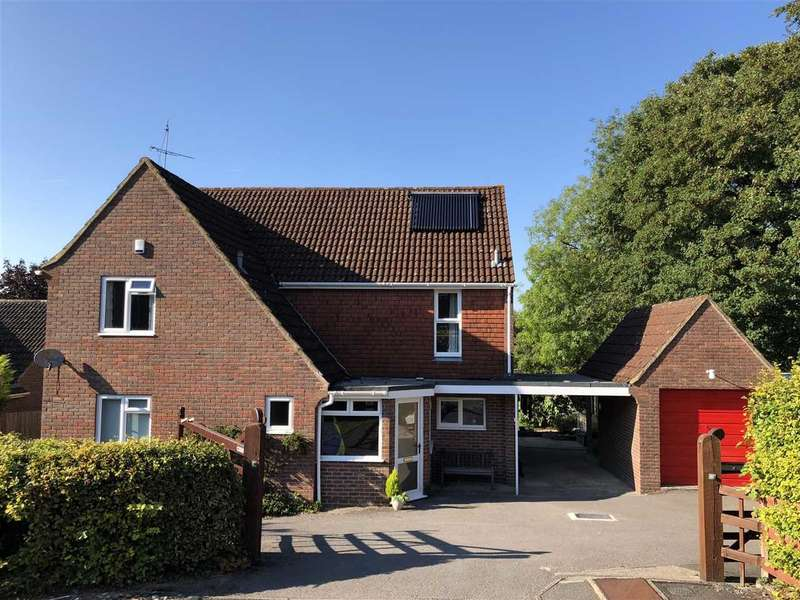 4 Bedrooms Detached House for sale in Kingsmead, Anna Valley, Andover