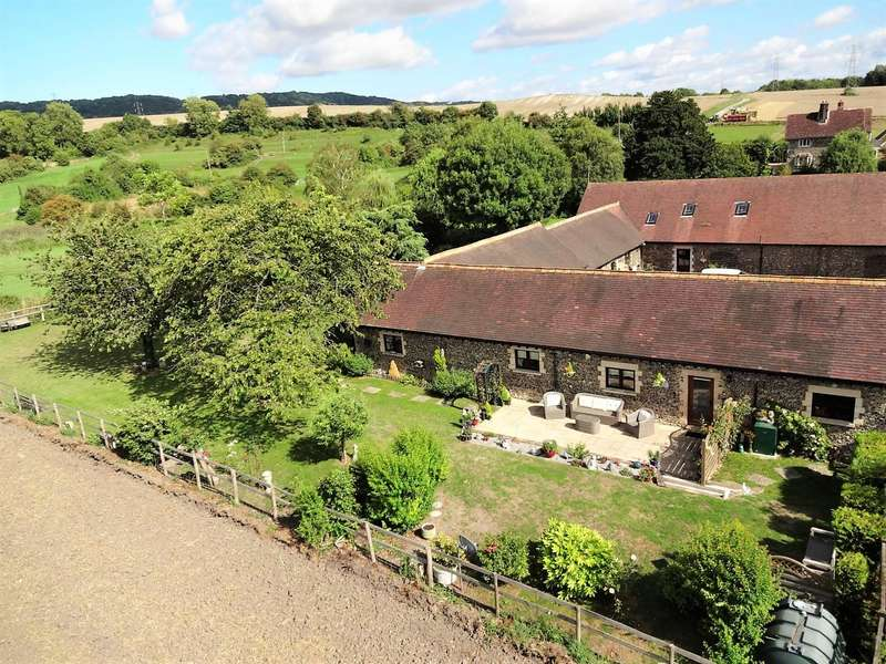2 Bedrooms Barn Conversion Character Property for sale in West Barn, Great Cossington Farm, Aylesford