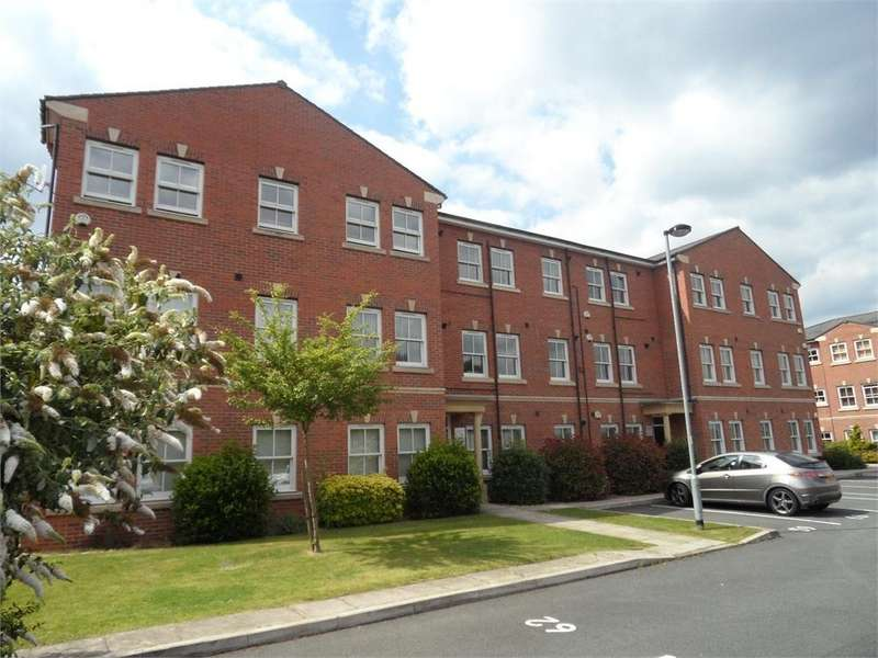 2 Bedrooms Flat for sale in Hatters Court, Hillgate, Stockport, Cheshire