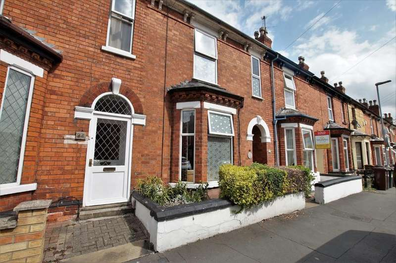 3 Bedrooms Terraced House for sale in Sibthorp Street, Lincoln