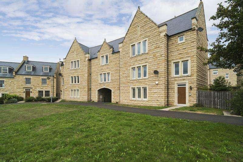 2 Bedrooms Flat for sale in Hallgarth Close, Corbridge