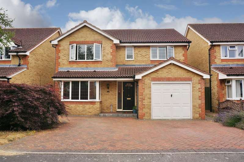 4 Bedrooms Detached House for sale in MAGPIE CLOSE, FAREHAM