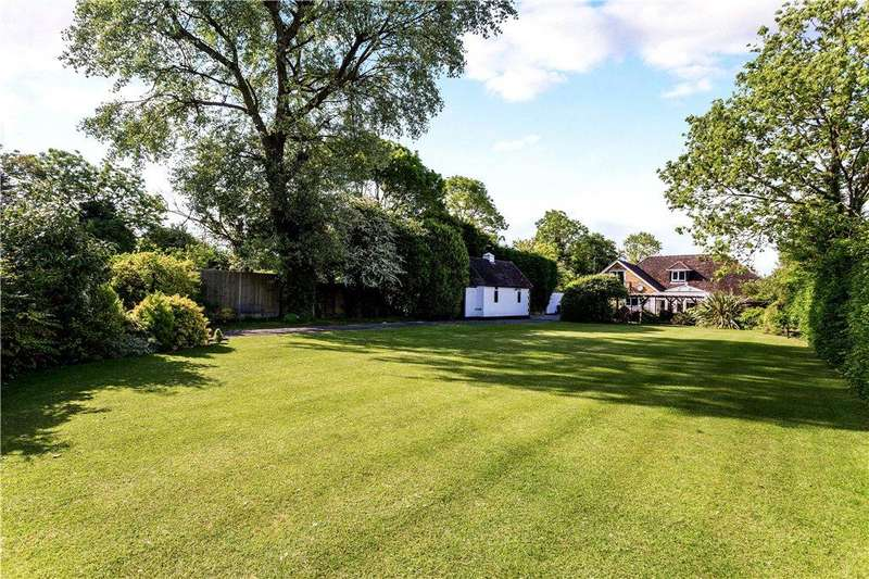 4 Bedrooms Detached Bungalow for sale in Mill Lane, Monks Risborough, Princes Risborough, Buckinghamshire