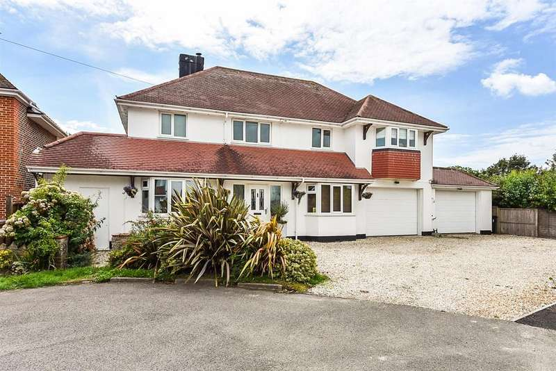 5 Bedrooms Detached House for sale in West Close, Felpham