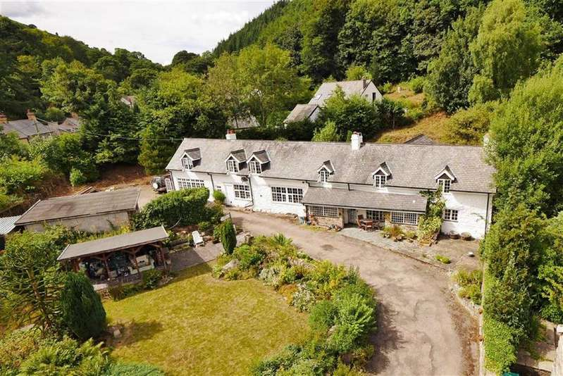 4 Bedrooms Country House Character Property for sale in Pandy, Llangollen, LL20