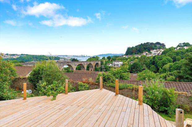 3 Bedrooms Detached House for sale in Lower Port View, Saltash, Cornwall