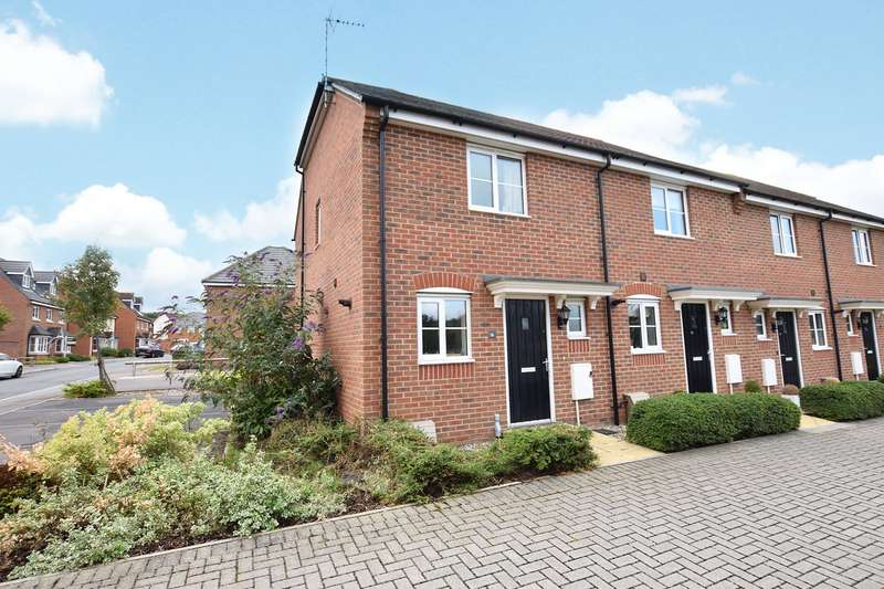 2 Bedrooms House for sale in Jardine Place, Bracknell, Berkshire, RG12