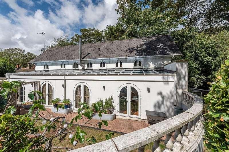 2 Bedrooms Link Detached House for sale in Kingsdown, Deal