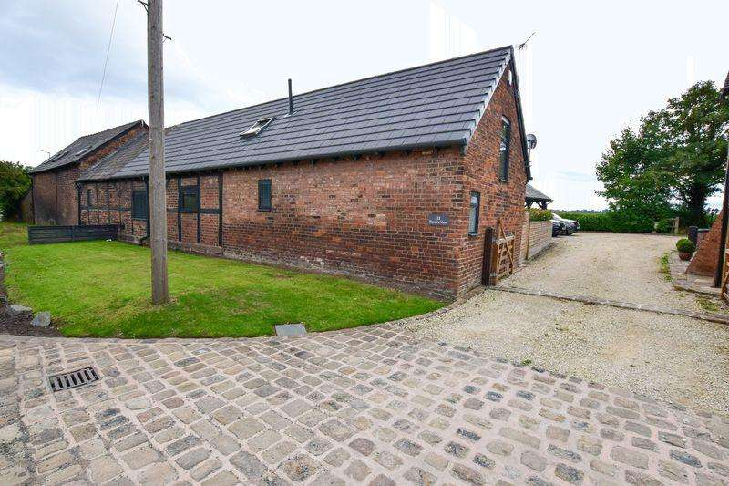 3 Bedrooms House for sale in Paddock Lane, Lymm